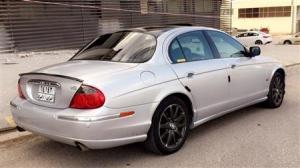 Jaguar 2001